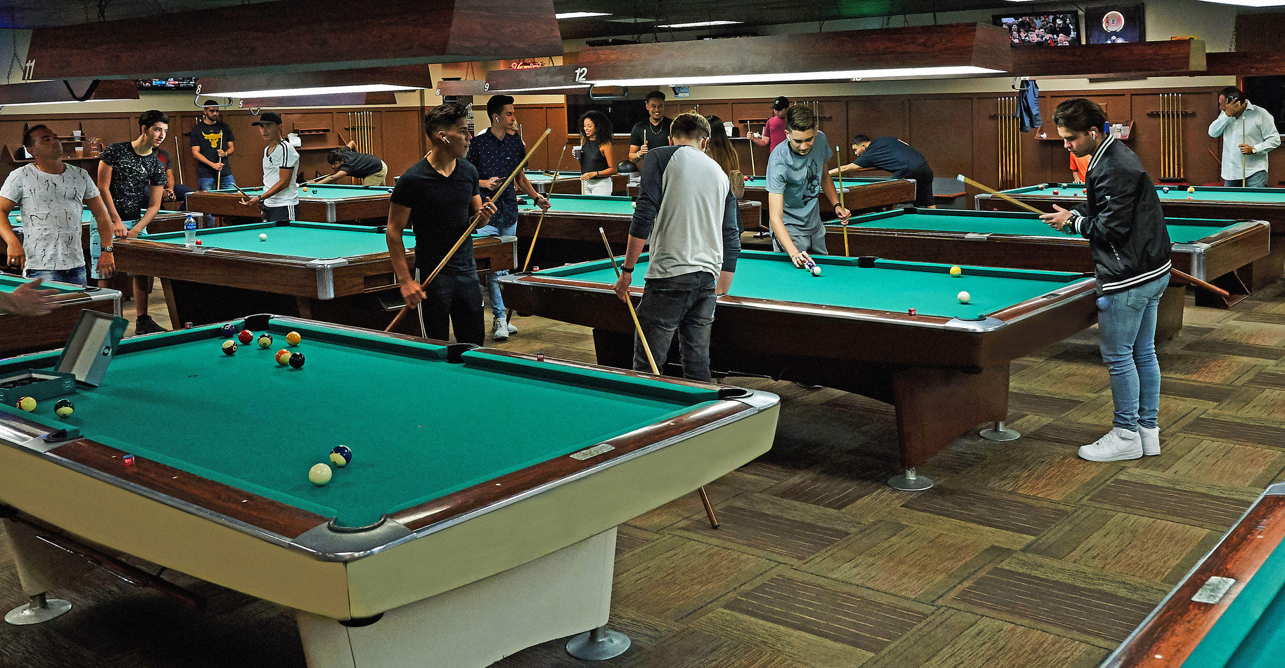 Billiards Picture